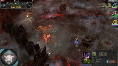 Hive Tyrant does it all | Dawn of War II : Retribution | Last stand