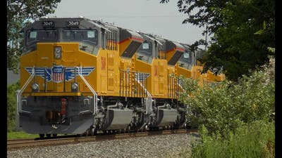 SVR 2017, Day 37: Eight new UP SD70ACe-T4's returning to EMD in Muncie and lots more yellow in town