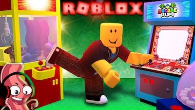 ROBLOX Derpy Bacon Works @ BEACH RESORT 🏖 & ARCADE!🕹 (Gaming Job Tour!)