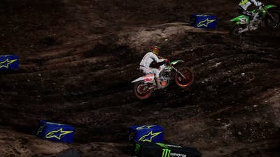 Monster Energy Supercross - The Official Videogame 4_ CLEAN