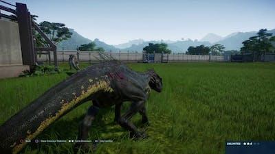 Jurassic World Evolution: Indoraptor vs Albertosaurus pair (Base Genome)